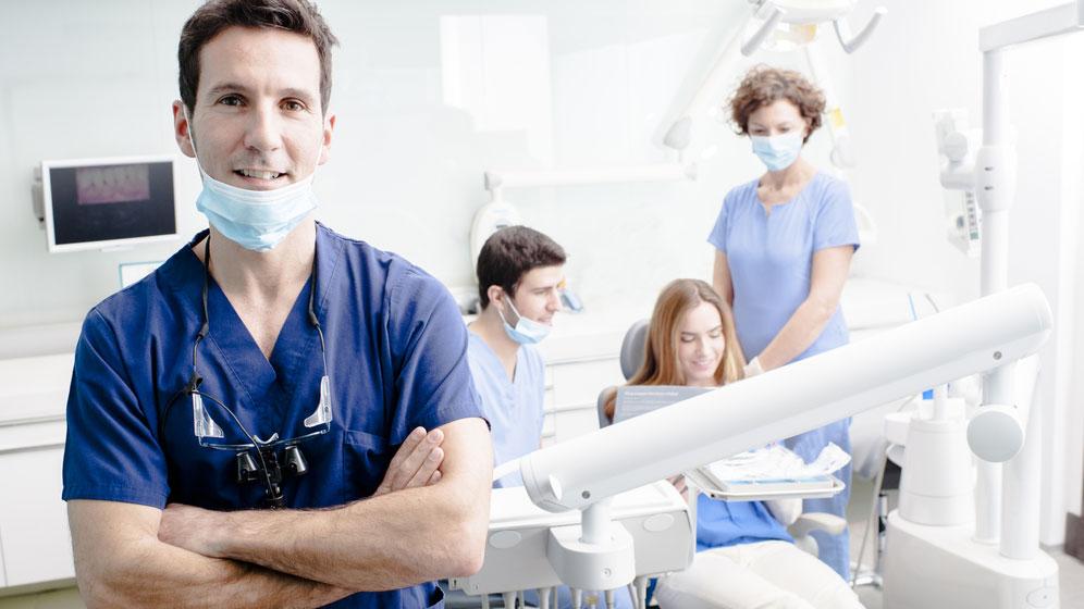 un dentista su tre è abusivo -